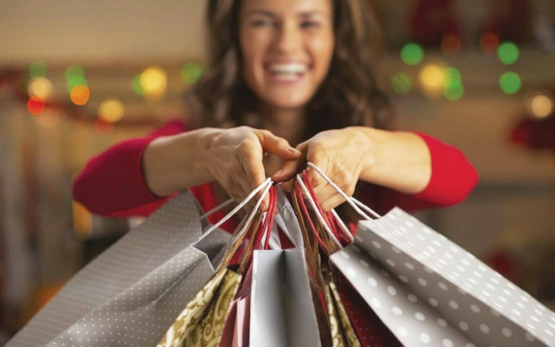 YOUR HOLIDAY SHOPPING GUIDE: 4 WAYS TO CUT  THROUGH THE CLUTTER THIS HOLIDAY SEASON